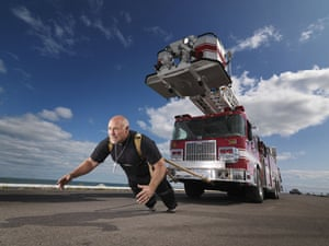 Guinness World Records: Guinness World Records heaviest vehicle pulled