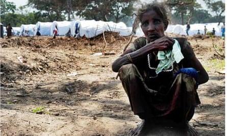 A displaced Tamil woman waiting at a government camp in Vavuniya, northern Sri Lanka