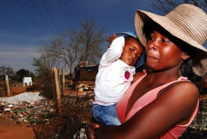 Chiawelo in Soweto: Silvia Khosa, 24, with her daughter Unathi