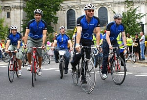 London's Skyride: Jason Kenny, Chris Hoy, Jamie Staff, Gethin Jones and Ross Edgar