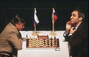 Kasparov v Karpov: kasparov v karpov frankfurt chess classic 1999