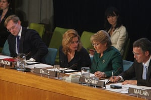 Sarah Brown: 2009: Sarah Brown speaks with president of Chile, Michelle Bachelet