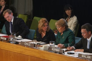 The wives of G20 leaders: Sarah Brown speaks with president of Chile, Michelle Bachelet