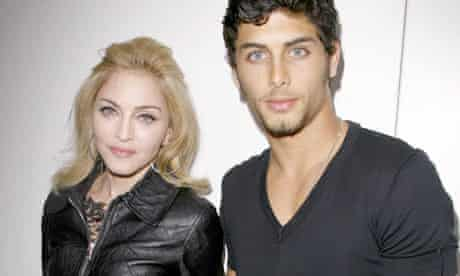 Madonna and Jesus Luz at Marc Jacobs Spring Summer 2010 fashion show, New York 2009