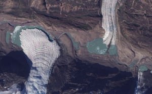 Satellite Eye on Earth: Small glaciers spill into a mostly dry valley in western Greenland