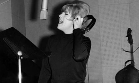 Ellie Greenwich In the studio