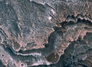 NASA's Mars Reconnaissance Orbiter images