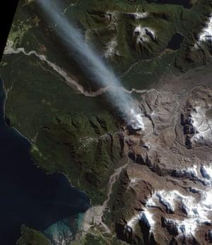 Satellite Eye on Earth: Chaiten volcano , Chile