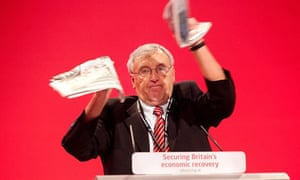 Tony Woodley tears up a copy of The Sun newspaper at the Labour Party Conference.