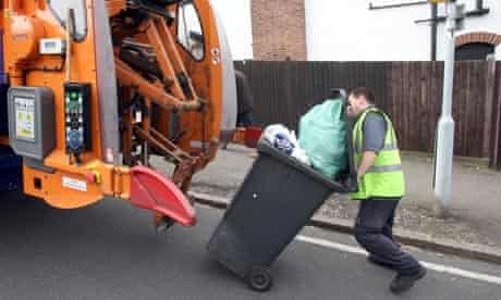 Green living: council and waste : Dustmen collecting rubbish, Lewisham, London