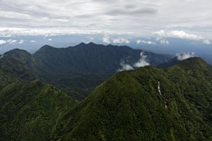lost land of the volcano : Extinct volcano crater, Mount Bosavi, mainland of New Guinea