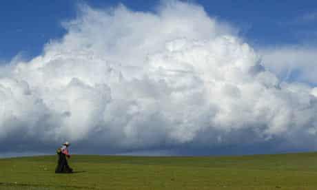 A Tibetan herdswoman on the outskirts of Nagqu