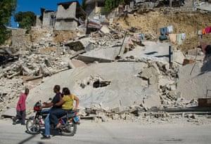 haiti earthquake: Major Earthquake Devastates Haitian Capital