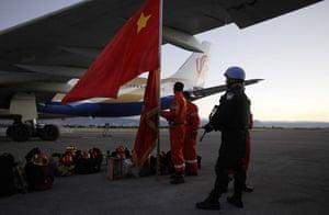 haiti earthquake: Chinese rescue workers arrive in Haiti