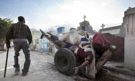 Haiti: Bodies of earthquake victims are piled up in Port-au-Prince's national cemetery