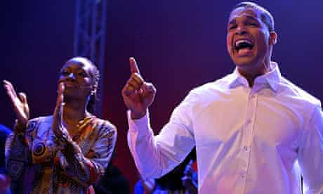 Jimmie Wilson as Barack Obama and Della Miles as Michelle Obama in Hope! - Das Obama Musical