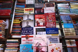 Peru books: Book flea market in Lima Peru