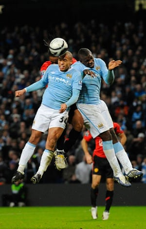 City v United: De Jong and Richards combine to deny Anderson