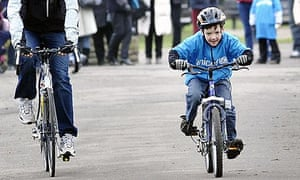 Charlie Simpson during his Haiti earthquake fundraising cycle ride