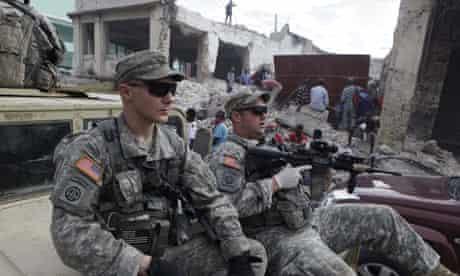 US soldiers patrol Port-au-Prince