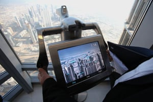 Burj Dubai: Electronic binoculars set up at the observation deck
