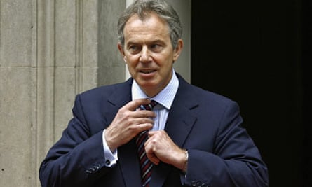 Tony Blair is expected to be questioned for six hours ate the Iraq war inquiry
