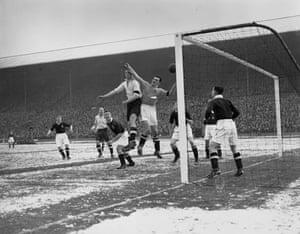Snow in sport: England Score