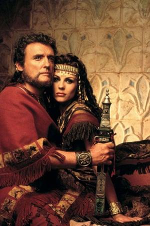 Dennis Hopper: Dennis Hopper and Elizabeth Hurley in the filmSamson And Delilah