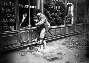 Paris flood: Crue de la Seine. Vue prise rue Bonaparte
