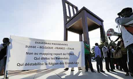 Rwandans demonstrate outside UN offices in Geneva against Mapping Exercise publication