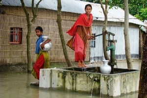 Photo Exhibition: Adaptation against the odds