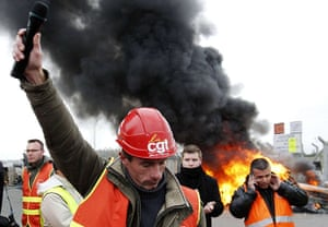 France Strikes: Christophe Hiou, worker of Total and CGT union rep, delivers a speech