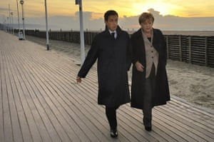 strikes in france: President Nicolas Sarkozy and Chancellor Angela Merkel