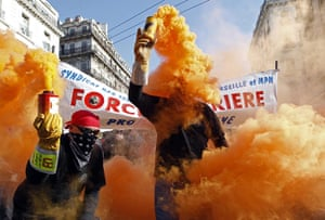 strikes in france: Private and public sector workers in Marseille