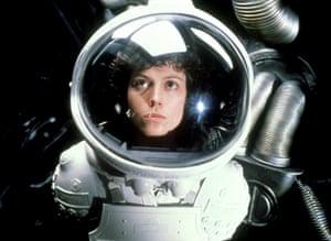 25 sci-fi and fantasy: Alien