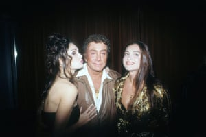 Bob Guccione Dies: Sasha Vinni, Bob Guccione, and Leslie Glass Penthouse at a Penthouse Party