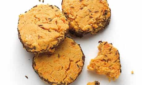 Red Leicester biscuits