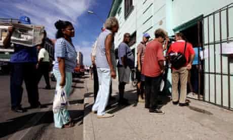 Cuba queue
