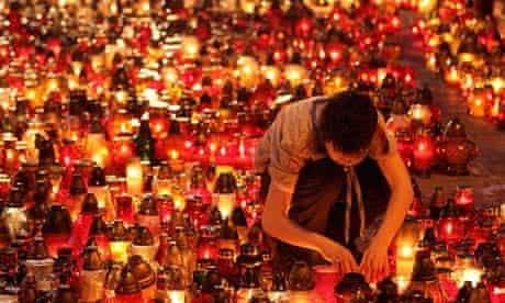 Lech Kaczynski memorial candles