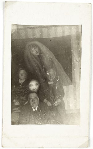 William Hope ghost pics: Three elderly people with two spirits