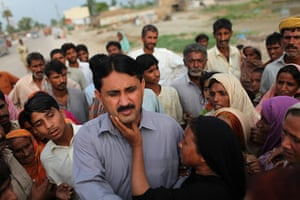 Pakistan floods- Punjab: Jamshed Dasti, a politician of the Pakistan People's Party