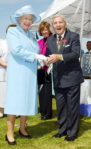 Norman Wisdom: Norman Wisdom with the queen