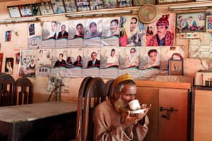 Sehwan Sharif Pakistan: The Father of the Nation restaurant in Sehwan Sharif