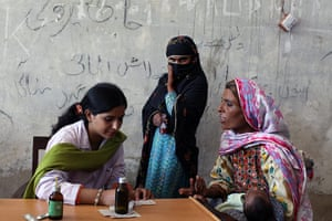 Sehwan Sharif Pakistan: A Karachi midwife and gynaecologist attends to young mothers