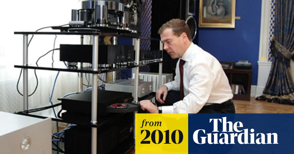 Dmitry Medvedev's stereo system has Russia's bloggers