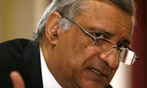 Kamalesh Sharma, the Commonwealth secretary general
