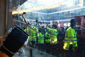 Students protest: Protesters clash with police at Millbank Tower
