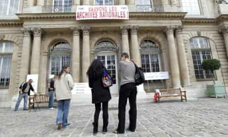 Staff protesting at France's National Archives in Paris