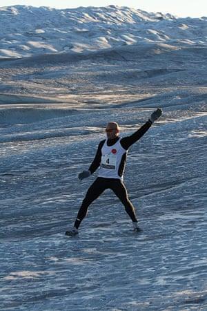 Polar circle: Polar Circle marathon - ice-cap slip