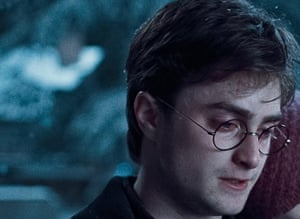Harry Potter ageing: Harry Potter and the Deathly Hallows: Part 1 (2010)